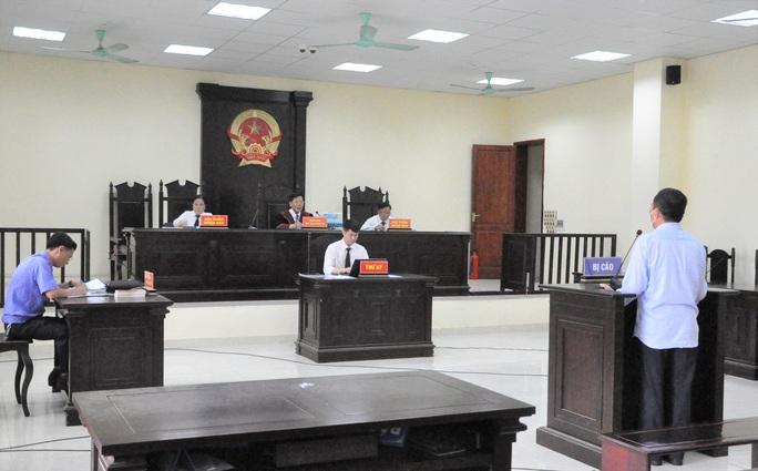 Cựu Trưởng phòng Cục thuế tỉnh Thanh Hóa cưỡng đoạt 100 triệu đồng của nữ doanh nhân - Ảnh 1.