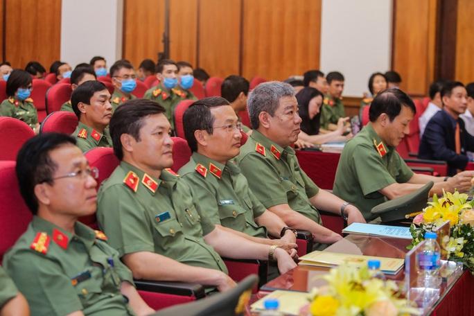 Phó Chủ tịch nước biểu dương những chiến công xuất sắc của Cục An ninh chính trị nội bộ - Ảnh 3.