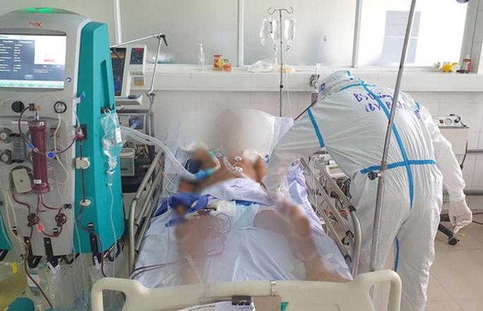 Bệnh nhân có tiền sử mắc Covid-19 tử vong sau 4 lần âm tính SARS-CoV-2 - Ảnh 1.