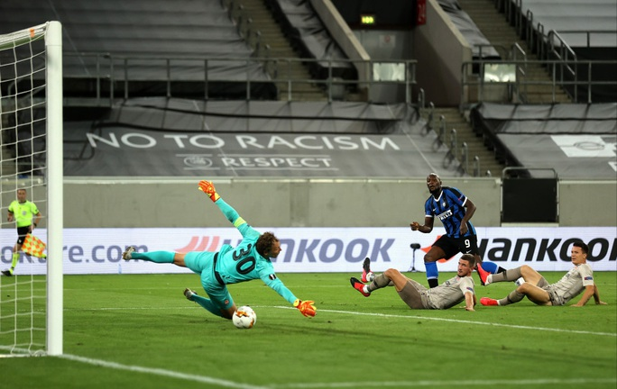 Song sát rực sáng, Inter Milan mở đại tiệc Europa League - Ảnh 5.