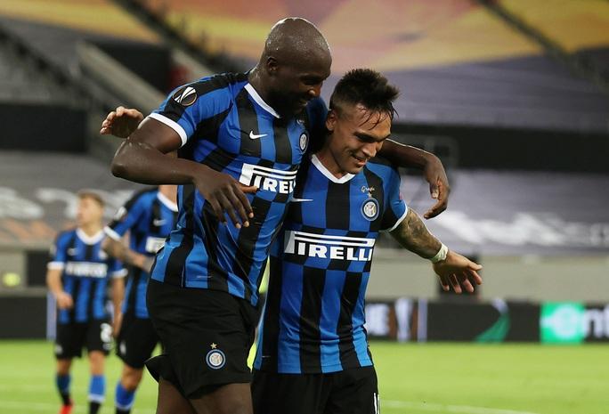 Song sát rực sáng, Inter Milan mở đại tiệc Europa League - Ảnh 4.