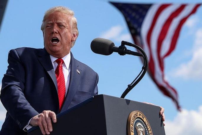 Tổng thống Trump: Mang việc làm rời Mỹ, phạt - Ảnh 1.
