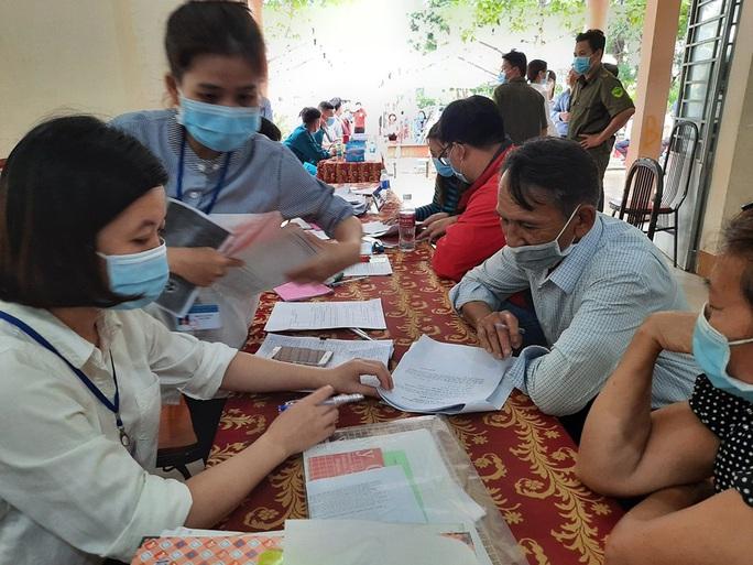 Các hộ dân tiếp tục nhận tiền tỉ đền bù, hỗ trợ từ dự án sân bay Long Thành - Ảnh 1.