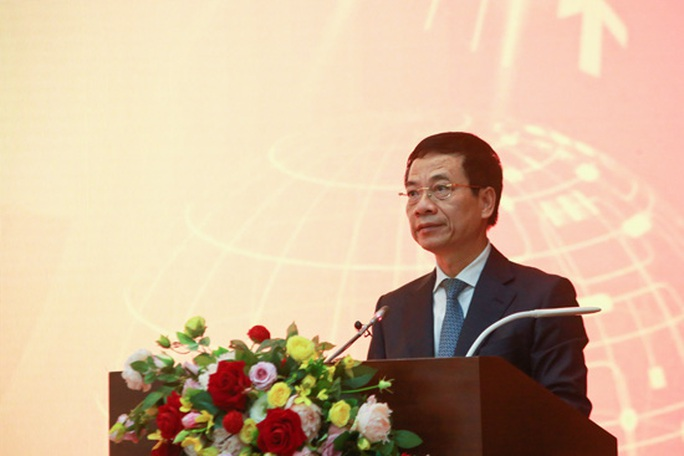 Bộ trưởng Nguyễn Mạnh Hùng công bố giải thưởng Sản phẩm Công nghệ số Make in Vietnam 2020 - Ảnh 2.