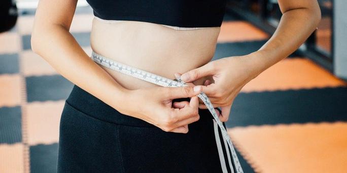 Nguyên nhân khó tin khiến bạn giảm cân, giảm mỡ bụng mãi không thành - Ảnh 1.