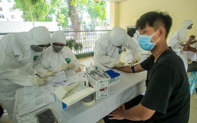 Hà Nội phát hiện 1 ca dương tính SARS-CoV-2 khi đến bệnh viện khám bệnh - Ảnh 1.