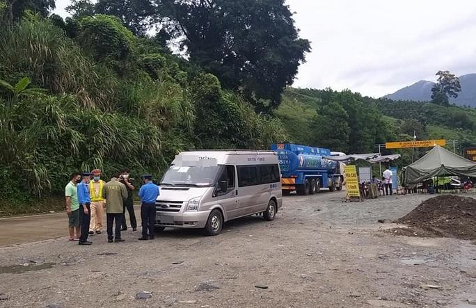 Những người từ Đà Nẵng về Kon Tum trên xe Vạn Thành cần khẩn trương đến khai báo y tế - Ảnh 1.