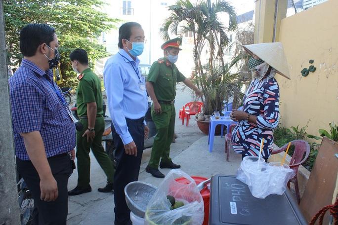 19 người tại Bệnh viện Đồng Nai được cách ly, xét nghiệm - Ảnh 1.