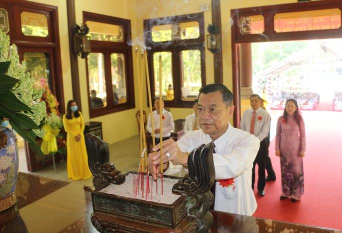 Long trọng kỷ niệm 132 năm Ngày sinh Chủ tịch Tôn Đức Thắng - Ảnh 2.