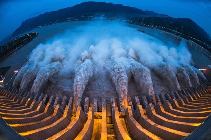 Rủi ro tràn đập Tam Hiệp Trung Quốc - Ảnh 1.