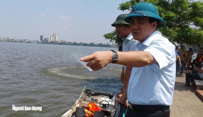 Ông Nguyễn Đức Chung liên quan thế nào tới vụ khởi tố Tổng giám đốc Công ty Thoát nước Hà Nội? - Ảnh 2.