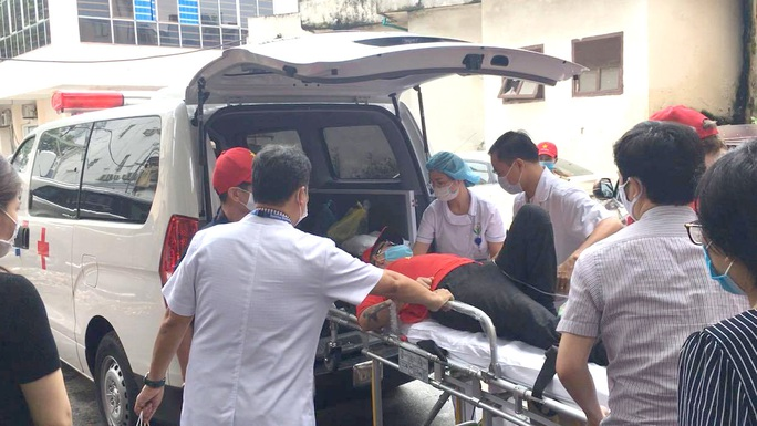 Mẹ bệnh nhân người Mỹ gửi thư cảm ơn bác sĩ Việt đã cứu sống con trai - Ảnh 2.