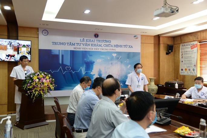Bệnh viện Nội tiết Trung ương thực hiện khám chữa bệnh từ xa - Ảnh 1.
