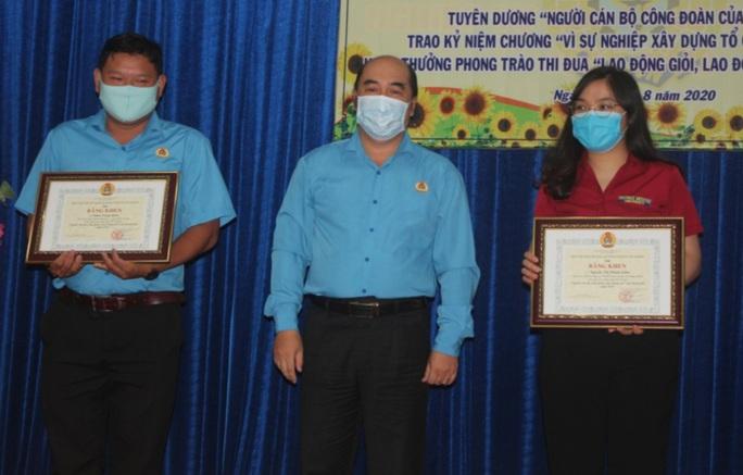 Tôn vinh những đóng góp của đội ngũ cán bộ Công đoàn - Ảnh 2.