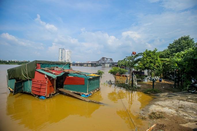 CLIP: Lạ lẫm bãi giữa sông Hồng những ngày nước ngập - Ảnh 11.