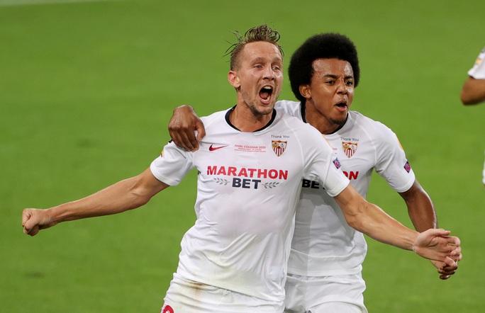 Người hùng Lukaku hóa tội đồ, Inter Milan dâng cúp cho Sevilla - Ảnh 5.