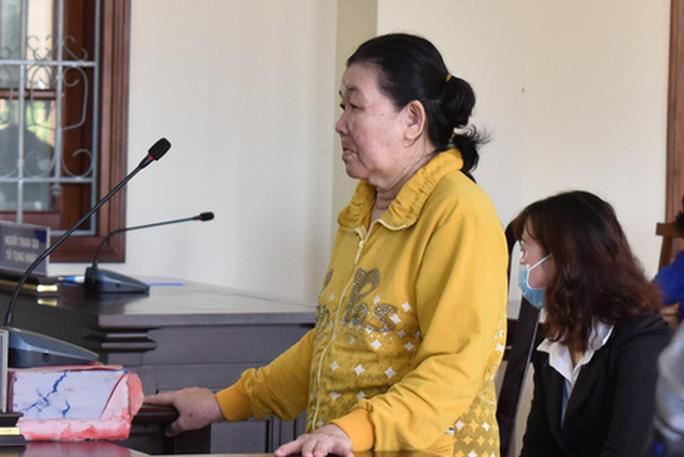 62 tuổi, Trương Thị Lẹ lãnh 12 năm tù vì... lừa đảo quá nhanh - Ảnh 1.