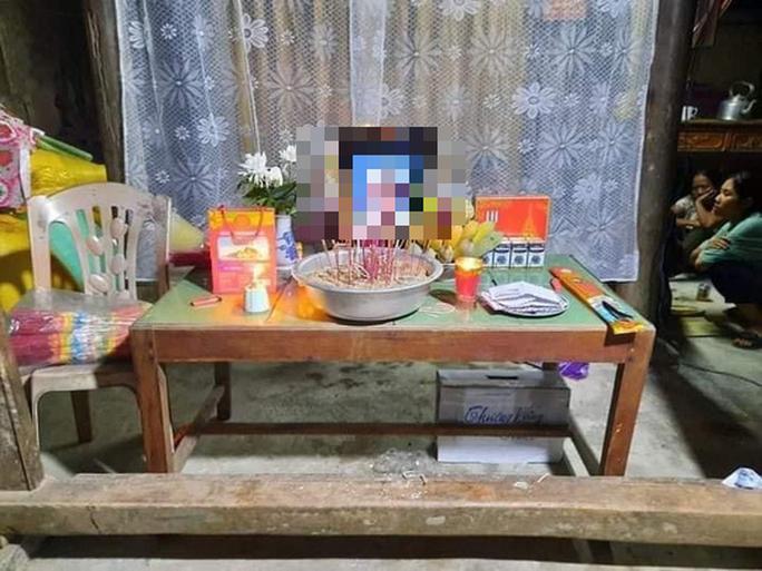 Quảng Bình: Bé gái 17 tháng tuổi tử vong trong bể cá cảnh nhà hàng xóm - Ảnh 1.