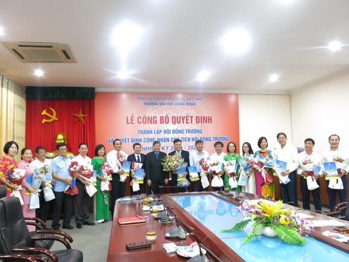 Công bố quyết định thành lập Hội đồng trường Trường Đại học Công đoàn - Ảnh 2.