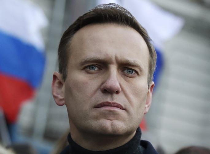 Bệnh viện Đức phát hiện chất độc trong người chính trị gia đối lập Nga Alexei Navalny - Ảnh 2.