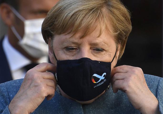 Bệnh viện Đức phát hiện chất độc trong người chính trị gia đối lập Nga Alexei Navalny - Ảnh 3.