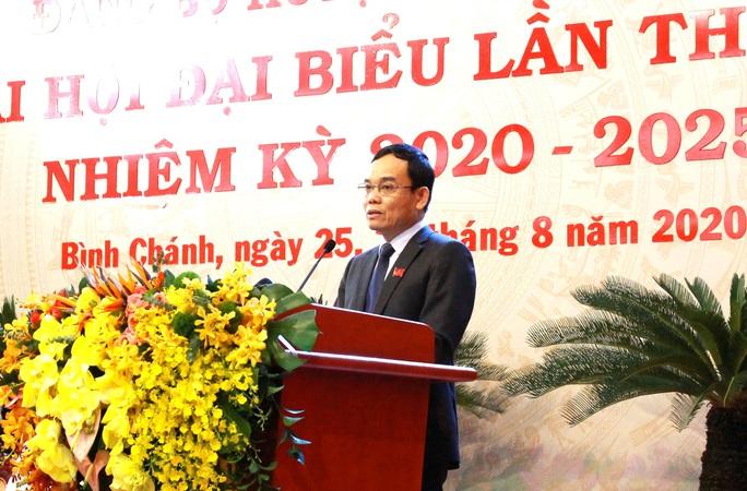 Ông Trần Hoàng Quân tái đắc cử Bí thư Huyện ủy Bình Chánh - Ảnh 2.