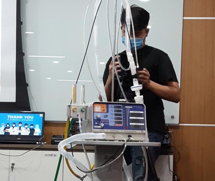 Bệnh viện đầu tiên ở miền Tây được tặng 50 máy thở - Ảnh 3.