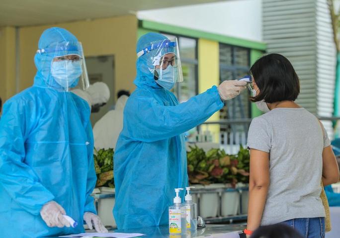 Bộ Y tế đề nghị tạm dừng hoạt động một bệnh viện để phòng Covid-19 - Ảnh 1.
