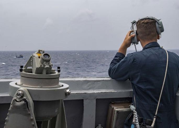 Mỹ - Trung thêm căng về biển Đông - Ảnh 1.