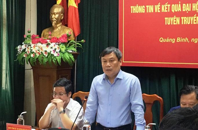 Tân Bí thư  Quảng Bình lên tiếng vụ chi  2,2 tỉ đồng mua cặp: Đại hội tổ chức tiết kiệm, không cần phô trương - Ảnh 2.