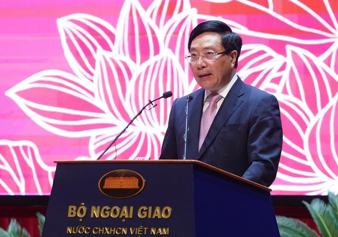 Thủ tướng nhớ tới các chiến sĩ ngoại giao nơi tiền phương - Ảnh 3.