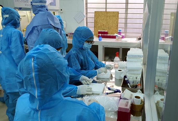 Chuyên gia lên tiếng về ca bệnh Covid-19 tái dương tính đầu tiên tại Đà Nẵng - Ảnh 2.