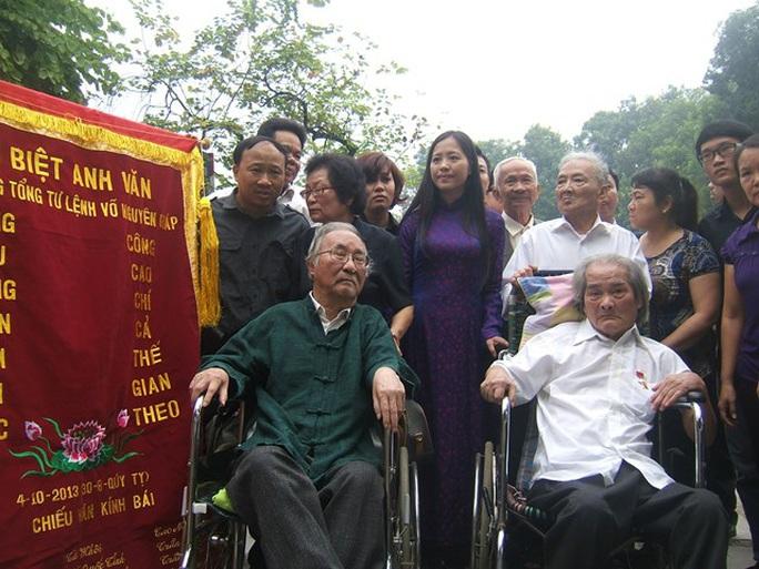 Tiễn biệt Học giả Phan Ngọc – người Tìm hiểu phong cách Nguyễn Du trong Truyện Kiều - Ảnh 2.