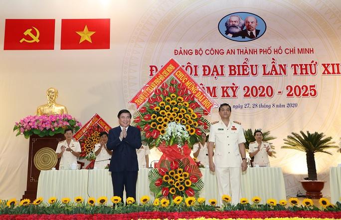 Đại tá Lê Hồng Nam giữ chức Bí Thư Đảng ủy Công an TP HCM - Ảnh 2.