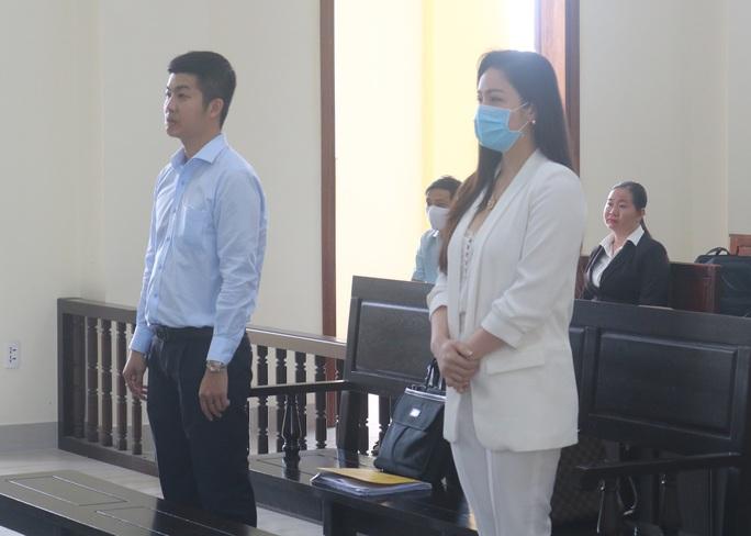 Diễn biến bất ngờ phiên toà phúc thẩm vụ Nhật Kim Anh giành quyền nuôi con - Ảnh 1.
