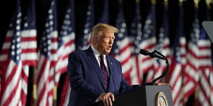 Tổng thống Donald Trump phản đòn cực gắt với ứng viên Joe Biden - Ảnh 1.