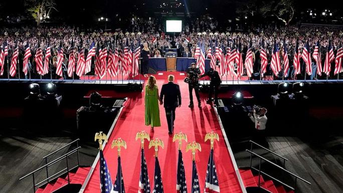 Tổng thống Donald Trump phản đòn cực gắt với ứng viên Joe Biden - Ảnh 2.