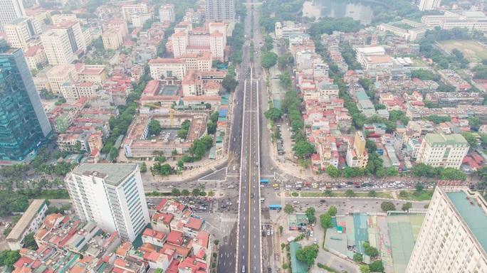 Cận cảnh cầu vượt hơn 500 tỉ đồng mới thông xe - Ảnh 6.