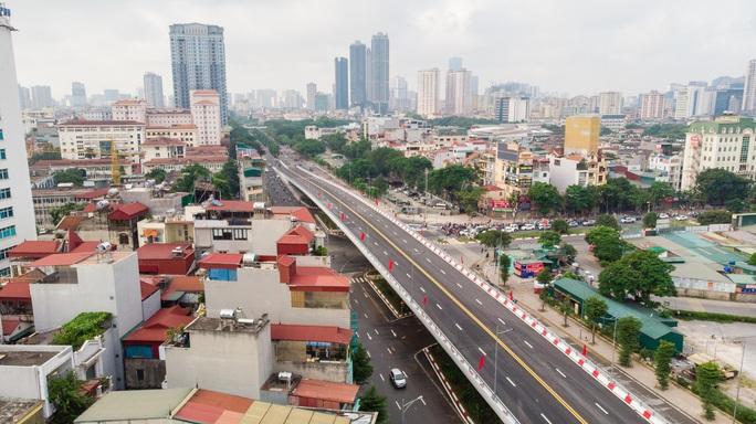 Cận cảnh cầu vượt hơn 500 tỉ đồng mới thông xe - Ảnh 13.