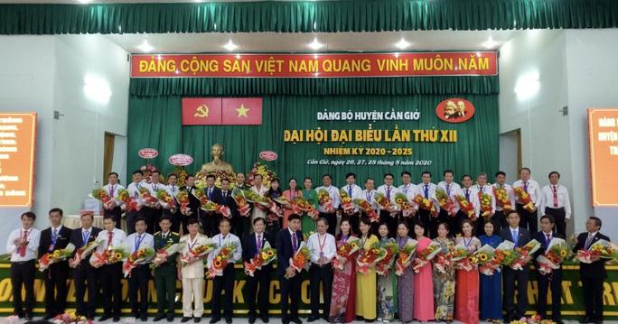 Ông Lê Minh Dũng đắc cử Bí thư Huyện ủy Cần Giờ - Ảnh 1.