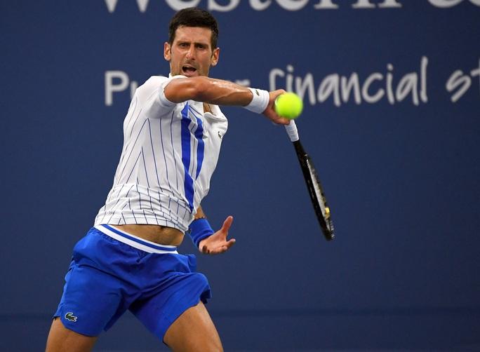 Clip Djokovic ngược dòng thắng, vào chung kết Cincinnati Open 2020 - Ảnh 2.