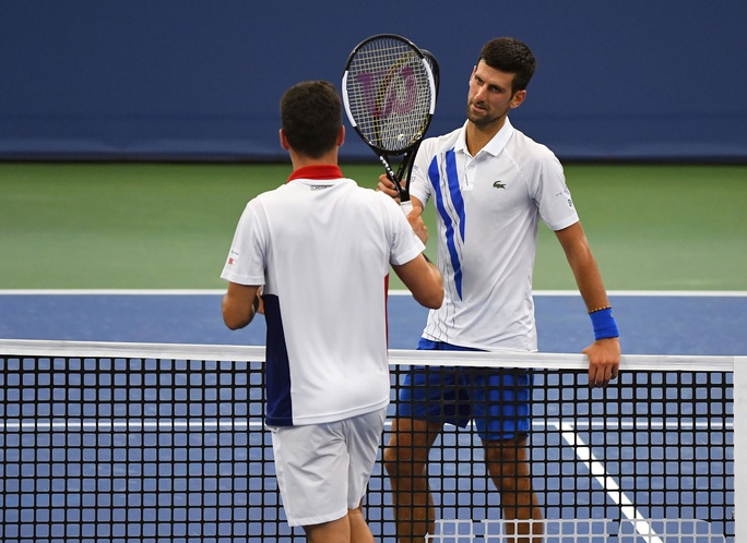 Clip Djokovic ngược dòng thắng, vào chung kết Cincinnati Open 2020 - Ảnh 3.