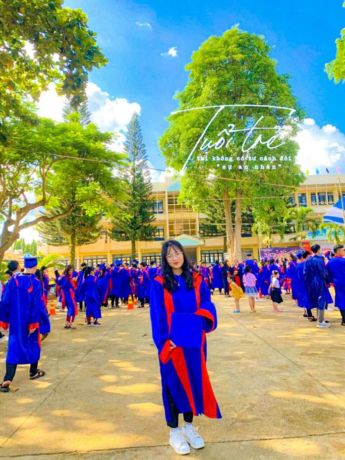 Nữ sinh trường huyện đạt điểm 10 Lịch sử: Ước mơ trở thành nhà báo - Ảnh 1.