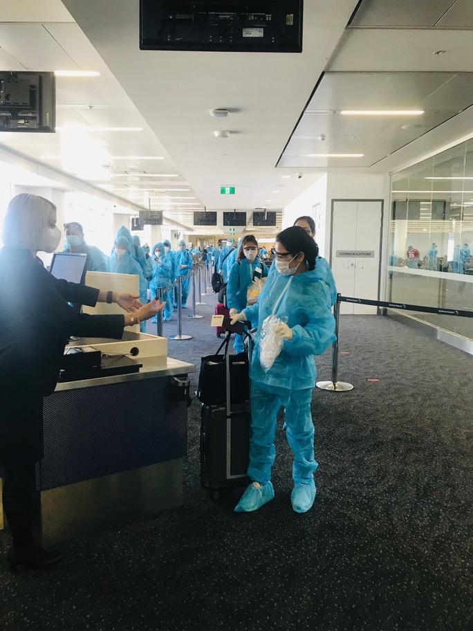 Sân bay Cần Thơ đón 230 người từ Đài Loan - Ảnh 4.