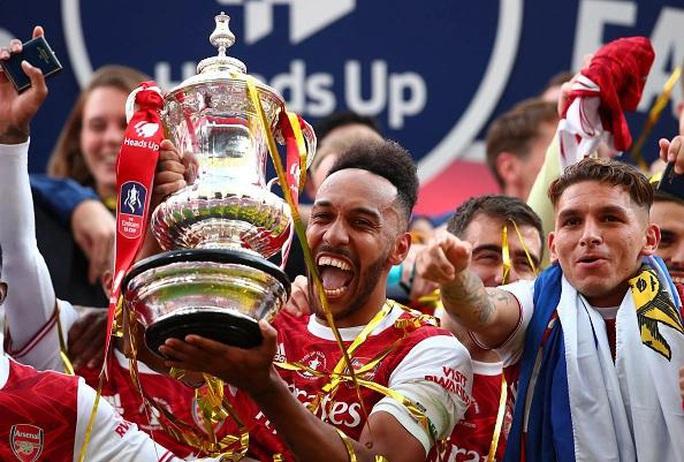 """Arsenal tăng lương """"khủng"""" giữ chân người hùng Aubameyang - Ảnh 1."""