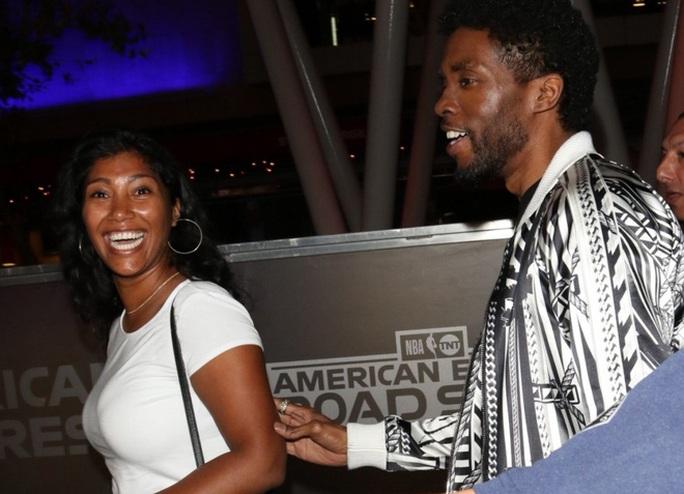 """Chuyện tình vượt bệnh tật của vợ chồng """"báo đen"""" Chadwick Boseman - Ảnh 3."""