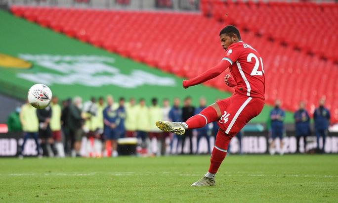 Hạ Liverpool trên chấm luân lưu, Arsenal đăng quang Siêu cúp Anh - Ảnh 9.