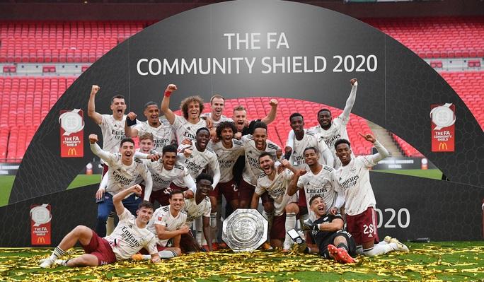 Hạ Liverpool trên chấm luân lưu, Arsenal đăng quang Siêu cúp Anh - Ảnh 12.