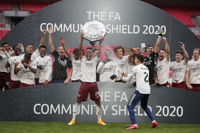 Hạ Liverpool trên chấm luân lưu, Arsenal đăng quang Siêu cúp Anh - Ảnh 11.