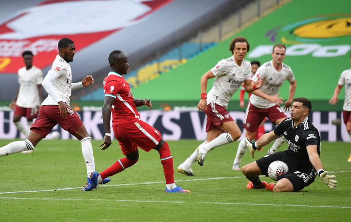 Hạ Liverpool trên chấm luân lưu, Arsenal đăng quang Siêu cúp Anh - Ảnh 6.